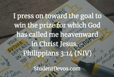 Daily Bible Verse and Devotion – Philippians 3:14